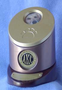 Urn-AKC